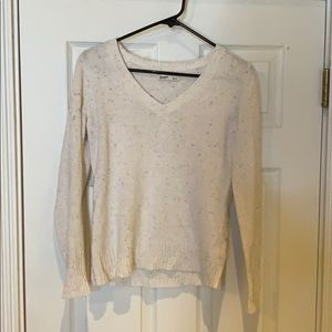Old navy cream v neck sweater